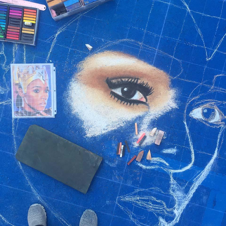 Detail Janelle Monáe Jessi Queen